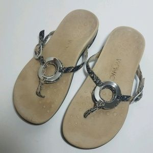 LEATHER SILVER SNAKE PRINT VIONIC SANDALS FLATS